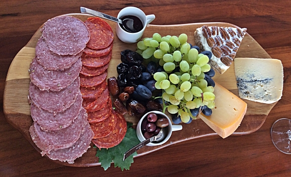 cuna cheese and meat plate