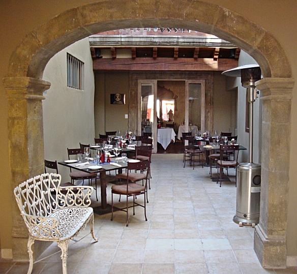 firenze courtyard