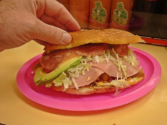 torta cubana side view