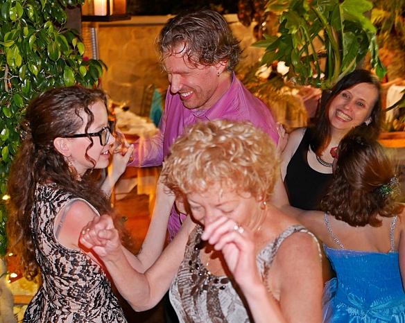 smarts family dancing