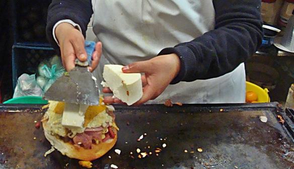 torta cubana adding cheese