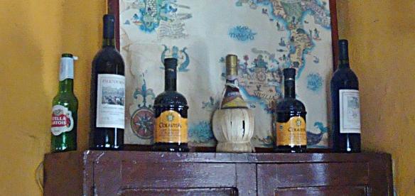 antigua old chianti bottle