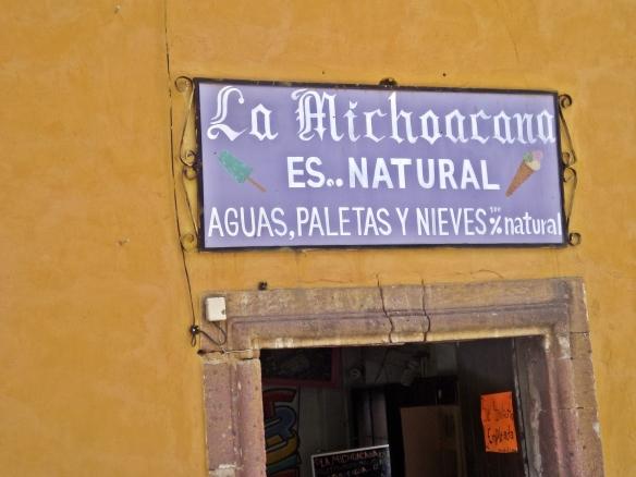 la michoacana sign